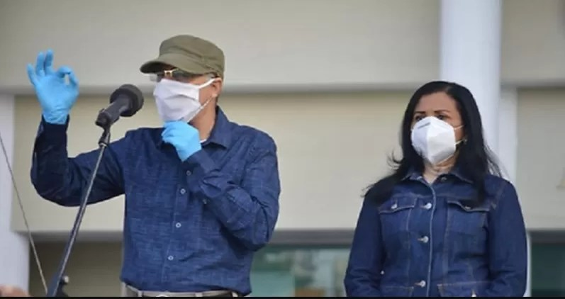 Manuel Jiménez pide a munícipes no desesperarse ante el cúmulo de basura