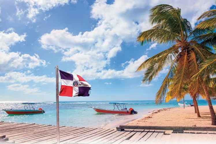 RD levanta restricciones a viajeros de Inglaterra y Brasil