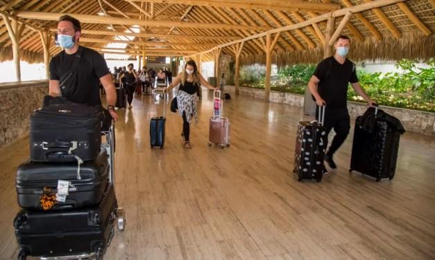 Llegan cerca de dos millones y medio de turistas al país en siete meses