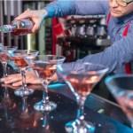 Los Ángeles decreta pase sanitario para restaurantes, bares y cines
