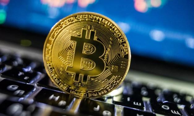 FMI advierte riesgos tras adopción del bitcóin como moneda legal en El Salvador