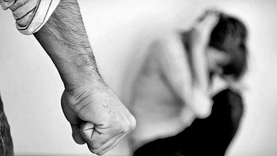 Condenan a cinco años de prisión a hombre que maltrataba a su pareja