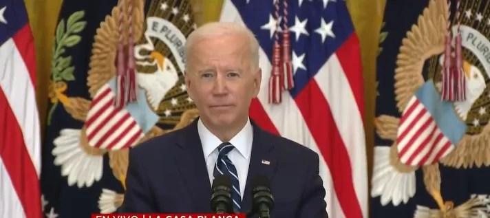 Biden despeja su agenda para centrarse en el ataque al aeropuerto de Kabul