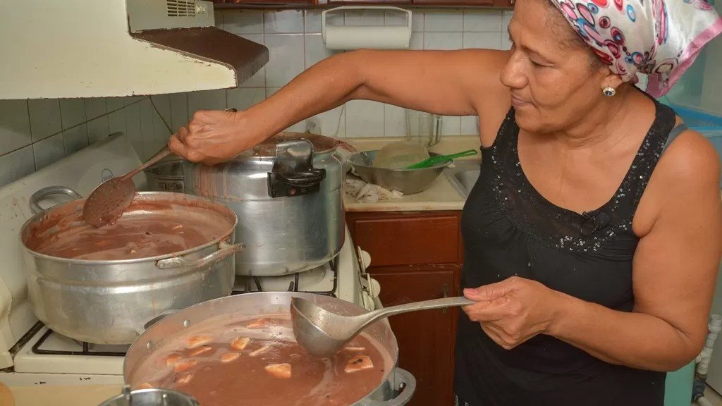 ¡Guárdame la mía! Historia de las habichuelas con dulce en Semana Santa