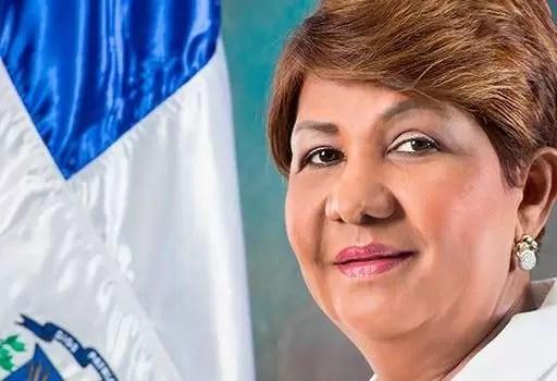 Exsenadora Amarilis Santana renuncia del PLD