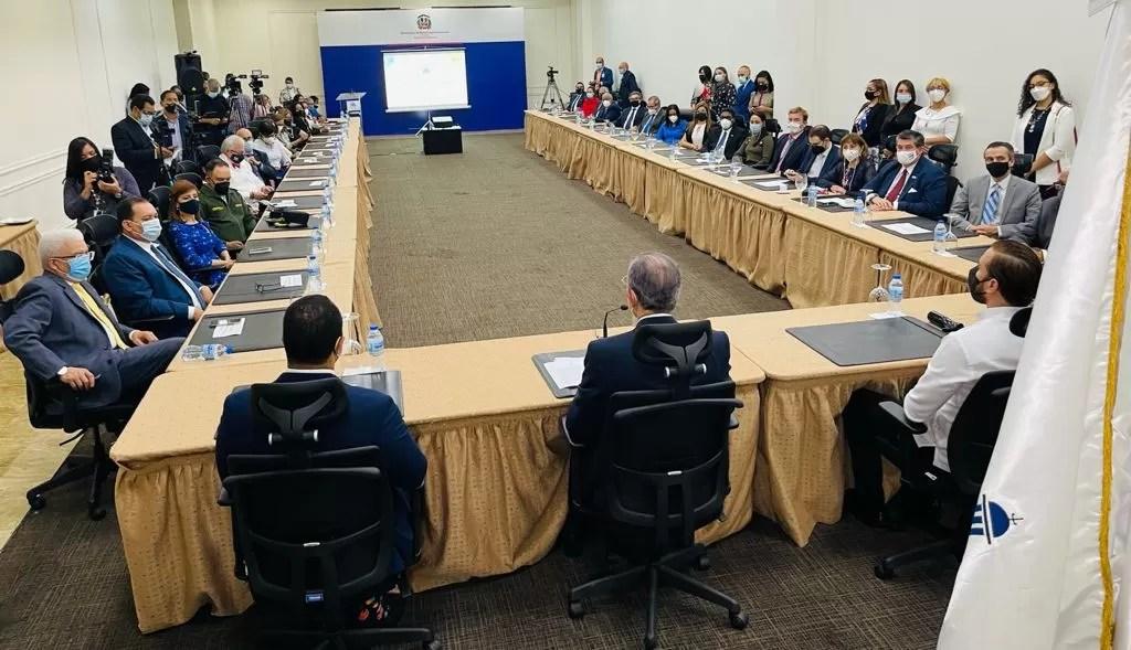 MESCYT abre convocatoria a más de 1,600 becas internacionales en 60 universidades del mundo