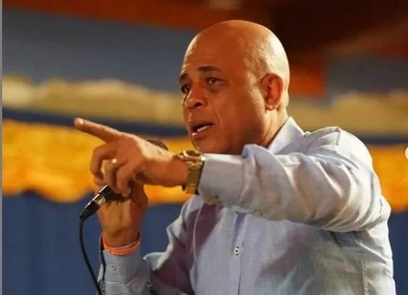 Declaran a Michel Martelly persona no grata en RD