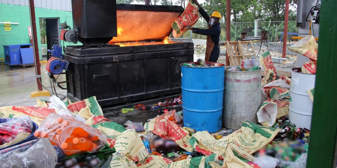 Pro Consumidor incinera otros 16 mil productos no aptos para el consumo