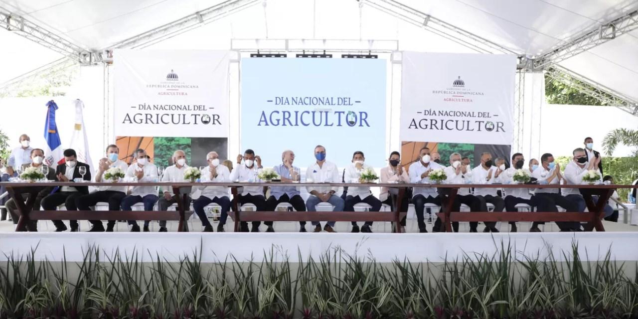 """Abinader: """"Gobierno aumenta producción de alimentos y garantiza soluciones en el sector"""""""