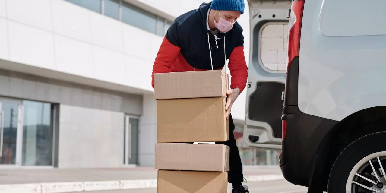 Senador propone responsabilizar a couriers de daños a mercancías