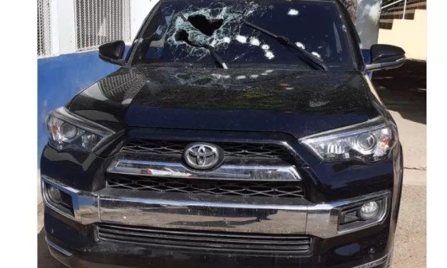 Le disparan 18 veces a un hombre dentro de vehículo en SPM