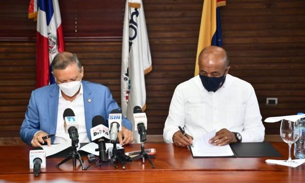 Refidomsa firma acuerdo de trabajo con Energía y Minas para fortalecer sector energético