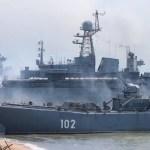 Rusia lanza disparos de advertencia contra barco británico en el mar Negro
