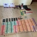 Ocupan dinero, armas y droga en operativo