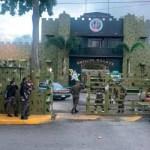 SFM: Trasladan reos que participaron en muerte de otro durante motín en Fortaleza Militar