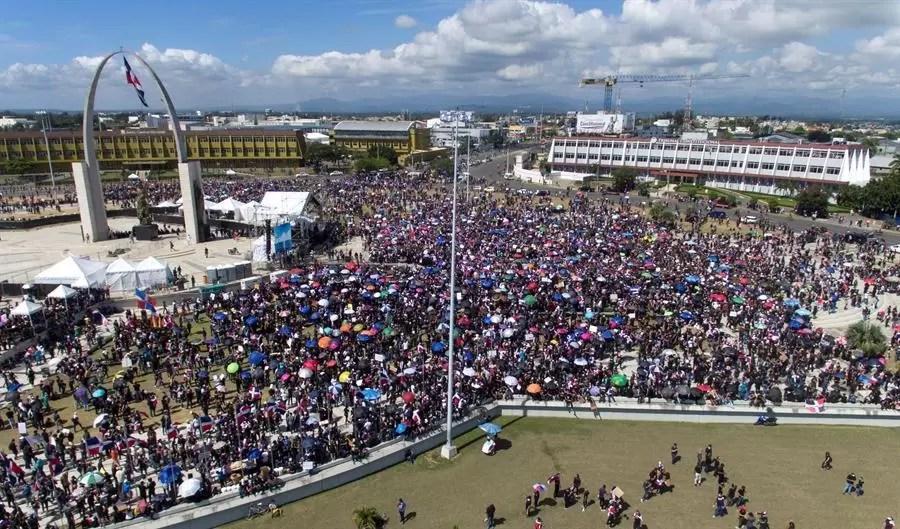 Convocan a protesta en la Plaza de la Bandera el 15 de julio