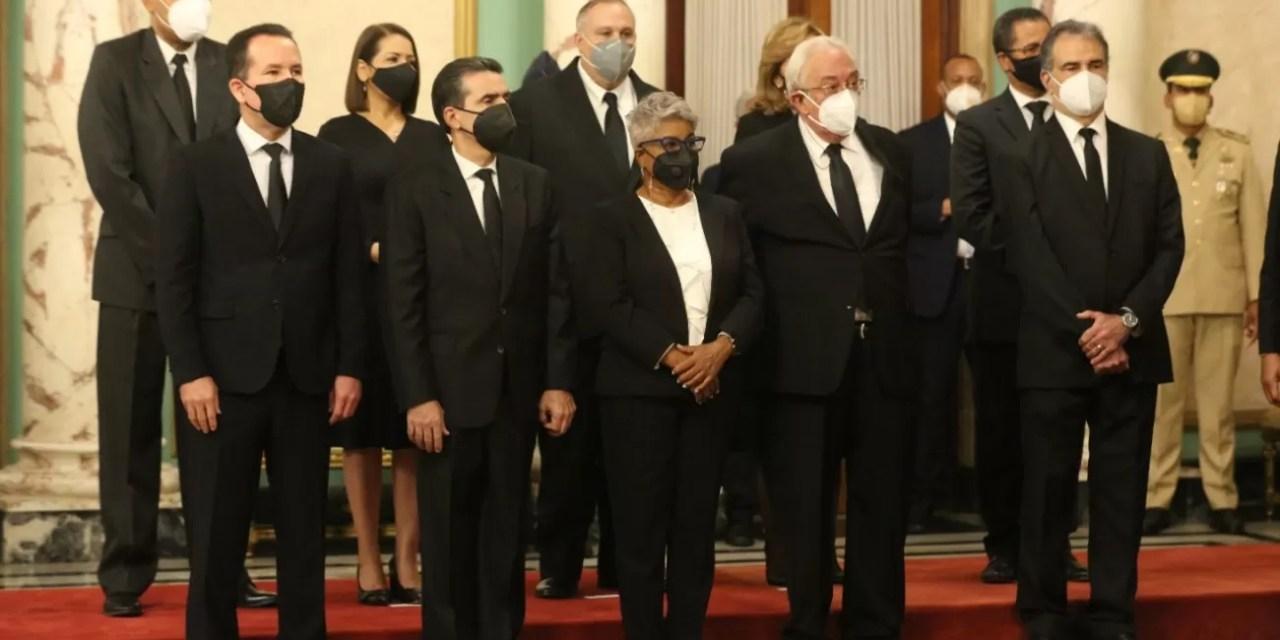 Juramentan nuevos jueces y suplentes del TSE