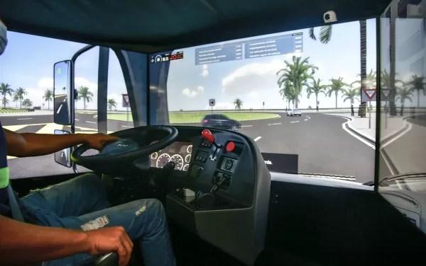 INTRANT instala simuladores de conducción