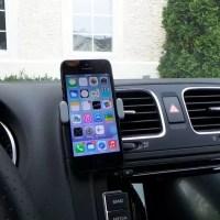 Si vas a la playa… Que no se te ocurra dejar el celular en el vehículo