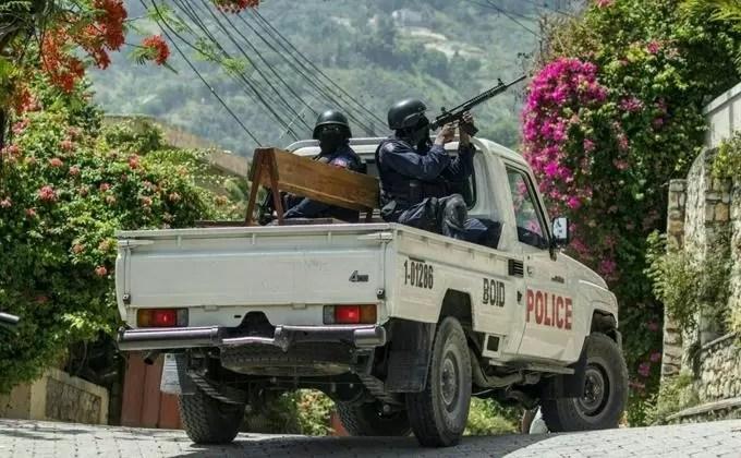 Policía haitiana advierte a poderosa banda que impedirá manifestación convocada para este lunes