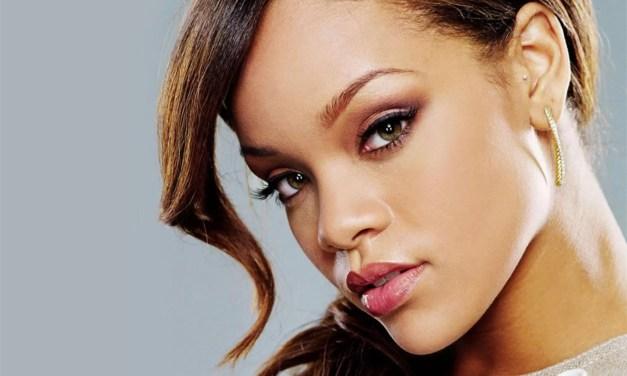 Rihanna se convierte en la cantante femenina más rica del planeta