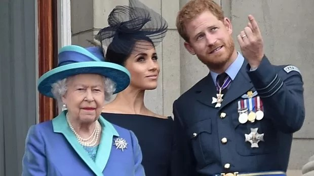 La Reina Isabel II emprenderá acciones legales contra Meghan y Harry