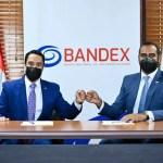 Entidades firman acuerdo para fomentar desarrollo económico del sector exportador