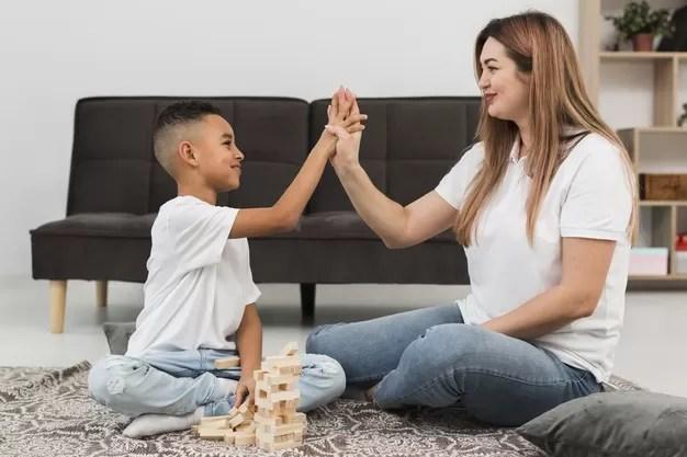 Frases que empoderan a tus hijos y que debes implementar