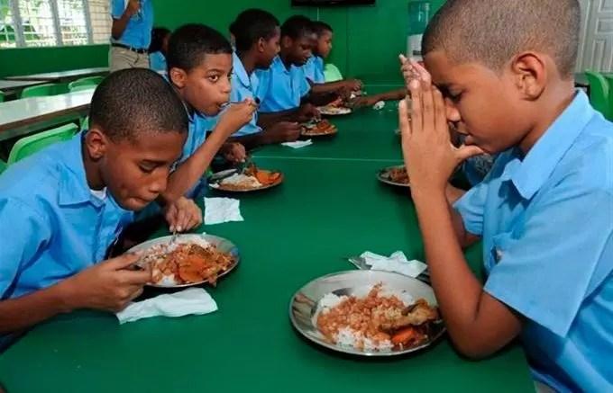 """""""Próximo lunes no habrá almuerzo en las escuelas públicas"""""""
