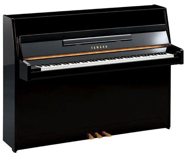 """Piano droit Yamaha B1 PE pour l'article """"Bien Choisir Son Clavier"""""""