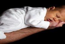 Ketahui Beberapa Faktor ini Agar Rambut Bayi Tumbuh Lebat