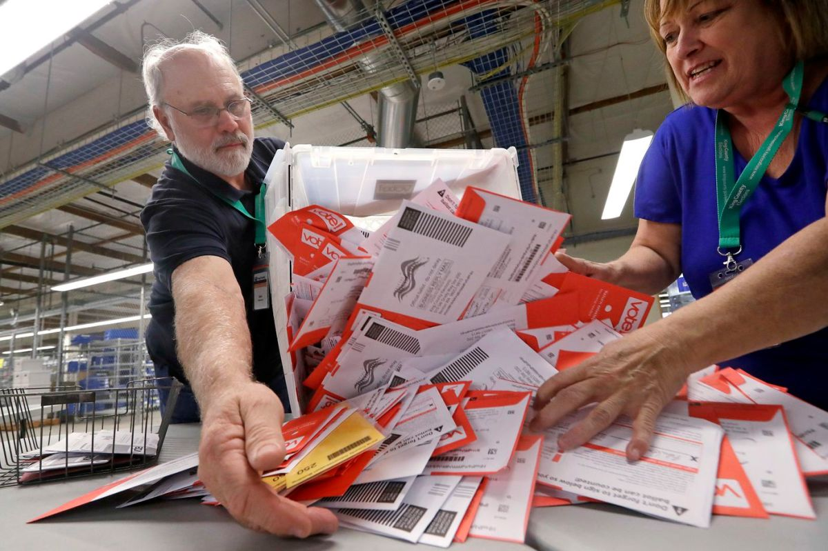 USPS Truck Driver says he hauled 288,000 completed ballots that were suspicious.
