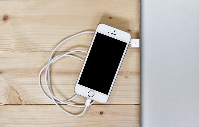 iPhoneでUSB経由でテザリングする方法とできない時の対処法!