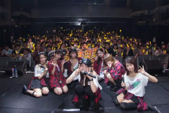 Cheeky Parade 定期ライブ『LIVE LIVE LIVE! VOL3』より