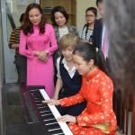 """小室哲哉、音楽を通じ両国の""""架け橋""""に。両陛下のご訪越に合わせベトナムへ"""