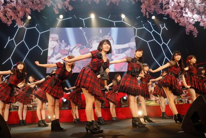 AKB48 8thアルバム「サムネイル」Type A(1月25日発売)発売記念イベントより ©AKS