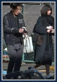 まぁ、おそらく江夏詩織さんが現在妊娠しているという事はなさそうで、世間の風当たりもありますから、たとえ再婚があってもすぐにはないでしょうね!