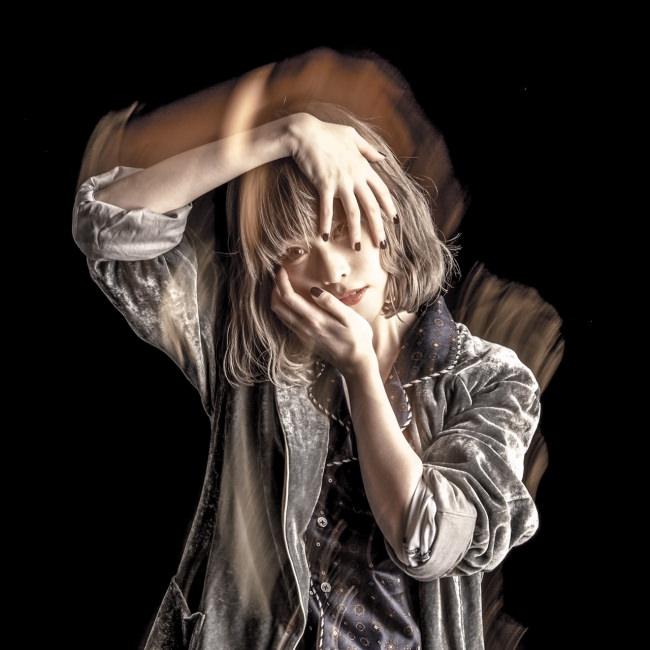 藤川千愛、iTunesアルバムランキング3位獲得!!4/8リリース・2nd Album「愛はヘッドフォンから」収録「神頼み」 MV公開!!