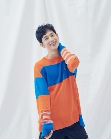 「2020 YIM SIWAN FAN MEETING~CLOSE TO YOU IN JAPAN~」 OFFICIAL GOODS発売決定!!