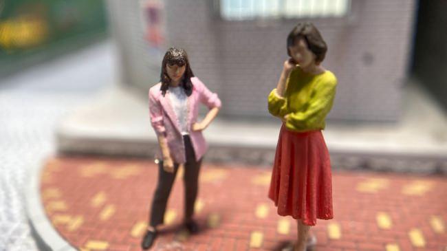 スモールワールズ東京が舞台のショートドラマ『小世界家の秘密』第8話:6月22日(月)配信!