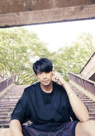 MORISAKI WIN(森崎ウィン)、「d.s.t.m.」配信スタート! 1st ep 『PARADE』 発売記念した衣装展も開催決定!