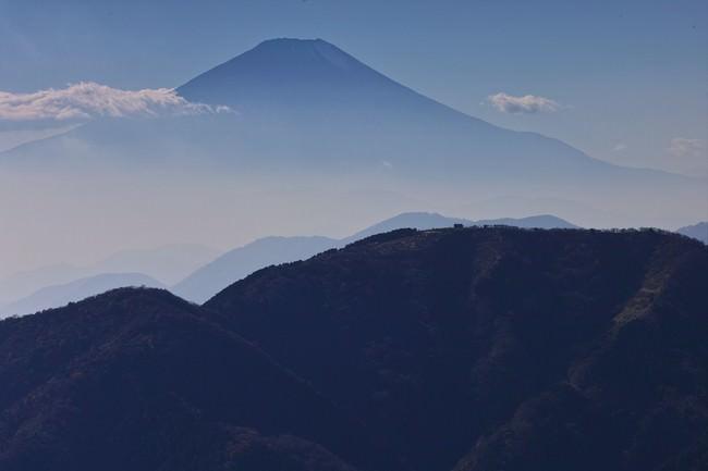 「大山からみる富士山」撮影:三宅岳