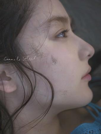平祐奈の20歳を記念した写真集「Comme le Soleil」が電子版で配信開始!