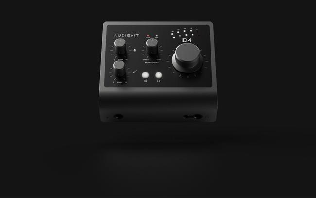 自宅スタジオにも、完全プロのクオリティを。コンパクトながら高品位なサウンド録音が可能なiD4mkⅡが登場。