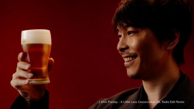俳優・長谷川博己さんもおいしさに感動!思わずこぼれる笑顔やおいしさを実感する声に注目!「SPRING VALLEY 豊潤<496>」新TVCM 放映開始
