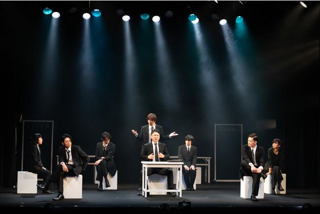 矢島弘一 (東京マハロ)が手がける話題作!!舞台「白からはじまる世界」開幕!
