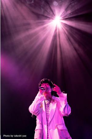 大学生ラッパーRin音がスペシャルゲストを迎えて行なったZepp Tokyo公演の模様を8月にWOWOWで放送・配信!