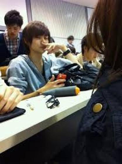 中島健人 大学 学部 偏差値 卒業 留年