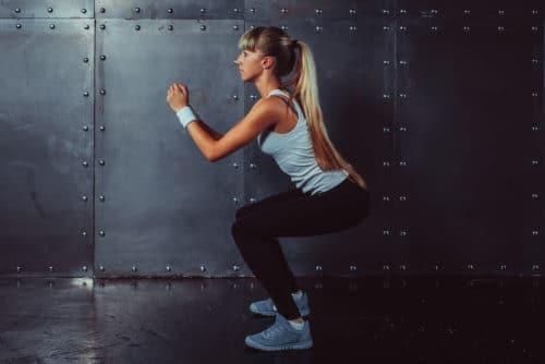 hacer squats correctamente