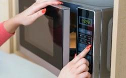 Increíbles trucos que puedes realizar en el microondas